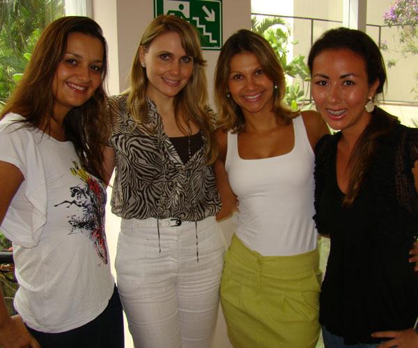 """Joanna, Mariana, Michele e Karla chegando no salão para o """"Dia de Princesa"""""""
