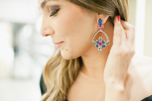 Brinco Attualità Pedras coloridas, safira London Blue fusion e safira Pink fusion