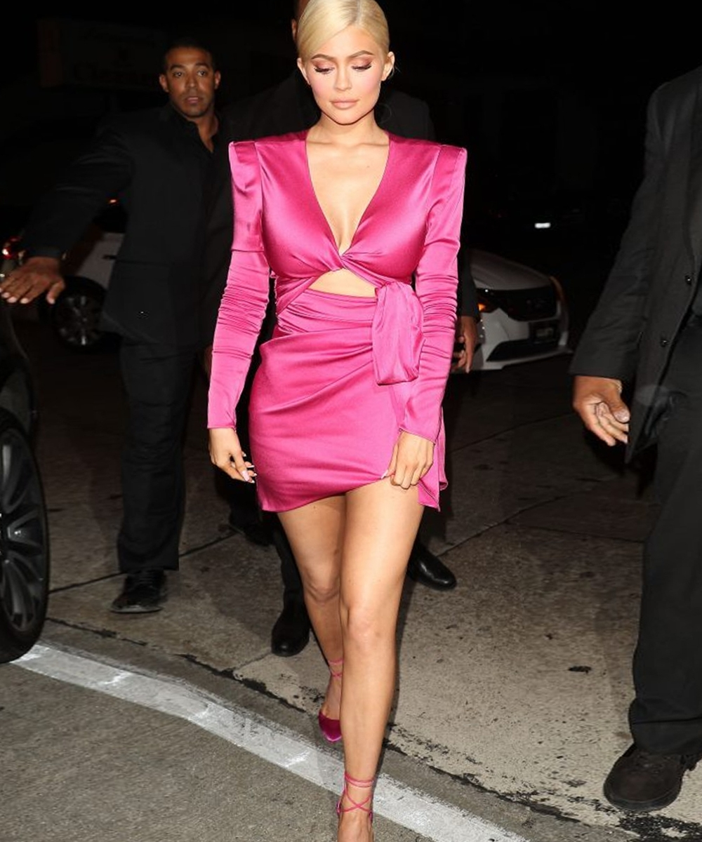 kylie jenner 21s birthday party pink dress
